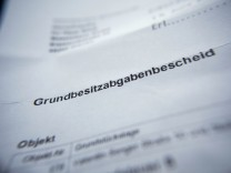 Haus kaufen Baufinanzierung Grunderwerbssteuer Grundsteuer Grundsteuermessbetrag Makler Nota
