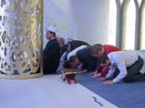 Freitagsgebet in Moschee in Penzberg, 2005