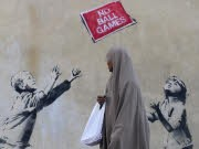 Street Art Banksy London, Reuters