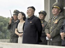 North Korean leader inspects air force drill