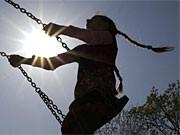 Sommer, Sonne, Kindheit, Kindesmissbrauch
