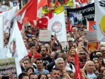 Proteste gegen Übergriffe auf Demonstranten in der Türkei