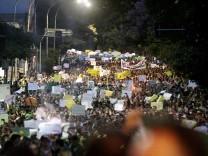 Zehntausende demonstrieren in Brasilien abermals gegen Korruption und Misswirtschaft in dem Land