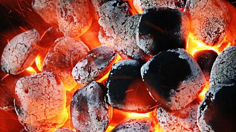 Grillen grillkohle