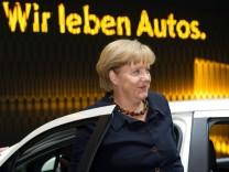 Angela Merkel IAA Opel Auto
