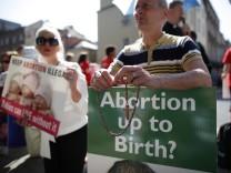 Proteste gegen Abtreibung Irland