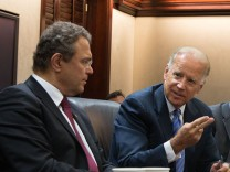 Innenminister Hans-Peter Friedrich (CSU) im Gespräch mit US-Vize Präsident Joe Biden.