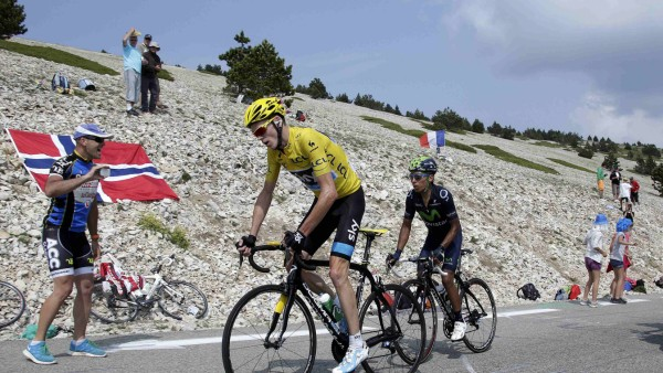 Froome of Britain climbs the Mont Ventoux ahead of Quintana of Colombia during the 242.5 km fifteenth stage of the centenary Tour de France cycling race from Givors to Mont Ventoux