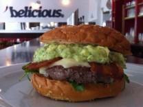 Ein Burger im Belicious.
