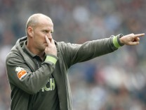 Werder Bremen's coach Schaaf gestures during the German Bundesliga soccer match against VfB Stuttgart in Bremen