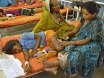 Vergiftetes Schulessen in Indien