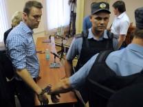 Alexej Nawalny verurteilt und verhaftet