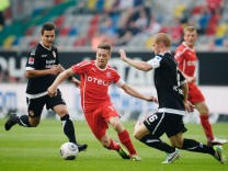 Fortuna Duesseldorf v Energie Cottbus - Second Bundesliga
