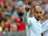 FC Bayern Muenchen v FC Barcelona - Pep Guardiola