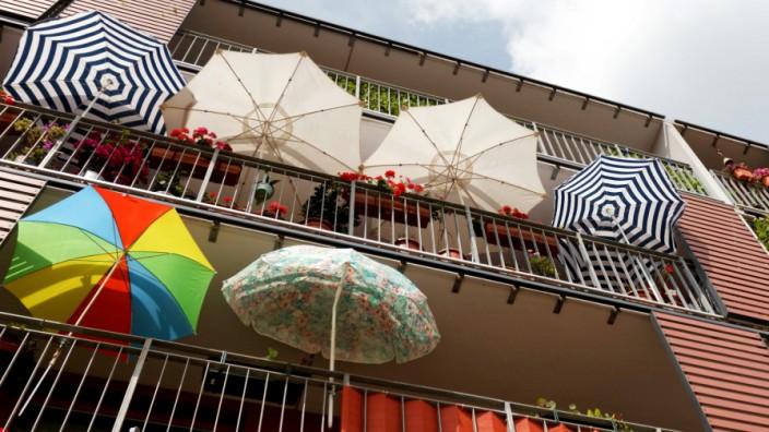 Sommer in Magdeburg - Sonnenschirme