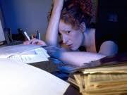 Gesundheitsbeschwerden am Arbeitsplatz Stress, dpa