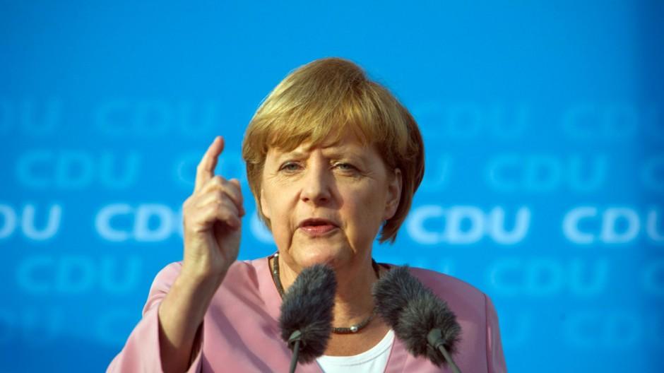 Kanzlerin Angela Merkel auf Sommertour cdu Deutschlandtrend