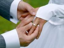 Jede dritte Ehe wird geschieden