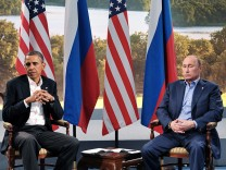 Obama cancels meeting with Putin