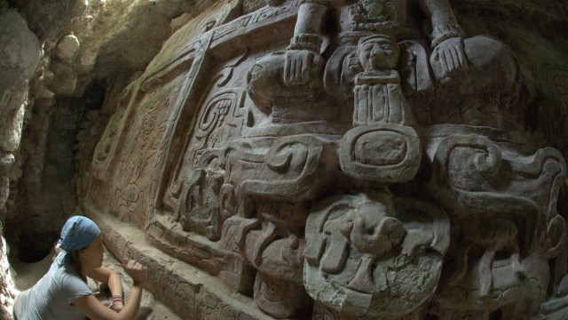 SPECTACULAR MAYAN FREIZE IS FOUND IN GUATEMALA
