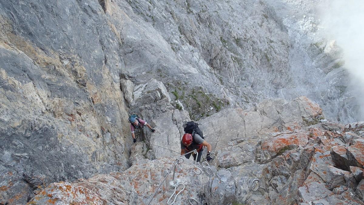 Klettersteig Piz Mitgel : Klettersteig in der schweiz kurze kraftraubende stellen wechseln