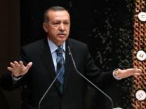 Erdogan auf seiner Rede während einer AKP-Veranstaltung in Ankara am 20. August 2013.