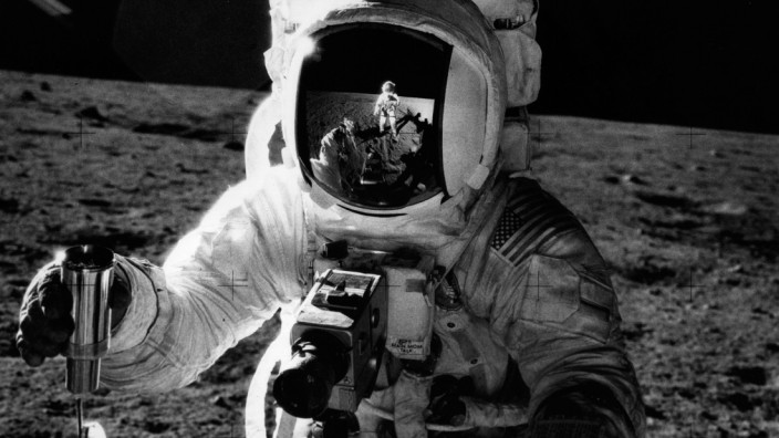Lunar Collection; mond_dreck