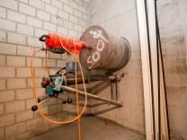 Einbrecher scheitern mit Tunneleinbruch in Banktresor