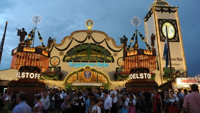 Das Augustiner Festzelt auf dem Münchner Oktoberfest.