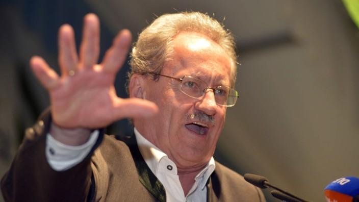 Christian Ude spricht im Festzelt in Keferloh, 2013