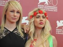 Kitty Green mit Femen-Aktivistinnen