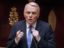 Jean-Marc Ayrault in der Nationalversammlung