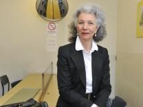 Gutachterin Hannah Ziegert in der JVA Stadelheim, 2012