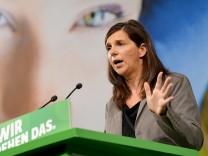Katrin Göring-Eckardt spricht auf dem Länderrat der Grünen in Bamberg.