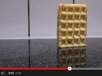 Waffel Youtube Waffle falling over