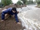2013-09-15T201951Z_593248653_GM1E99G0BW501_RTRMADP_3_USA-COLORADO-FLOODING