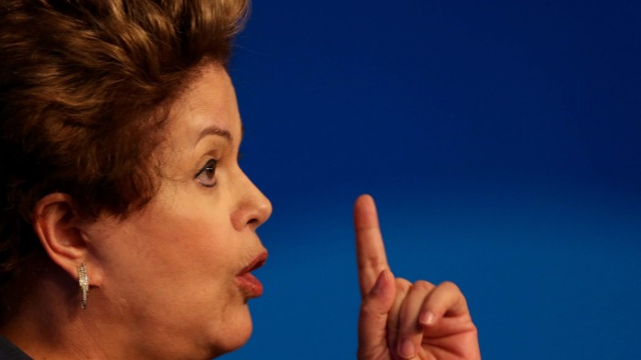 Brazilian President Rousseff cancels US visit over spying claims