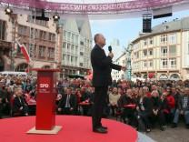 Peer Steinbrück beim Wahlkampf SPD in Hessen