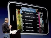 Apple steigt mit iPhone ins Handy-Geschäft ein