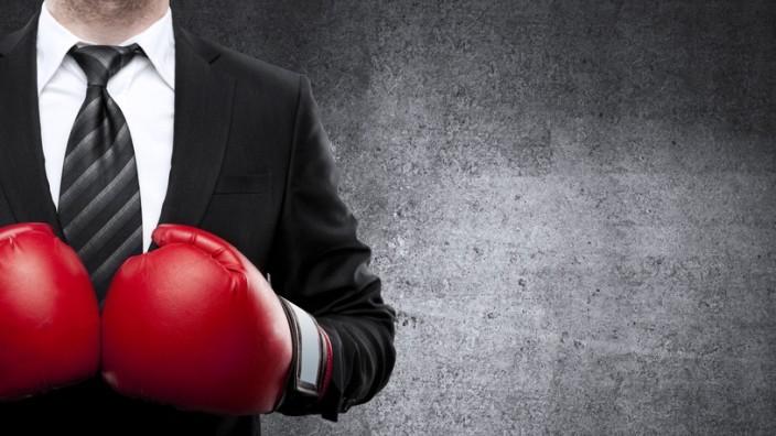 Neuer Job Strategie Mitarbeiter Kollegen Chef Boxhandschuhe
