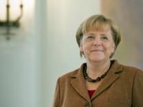 Entlassungsurkunde für Aigner - Merkel