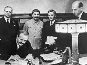 Hitler-STalin-Pakt, Ribbentrop, molotov, dpa
