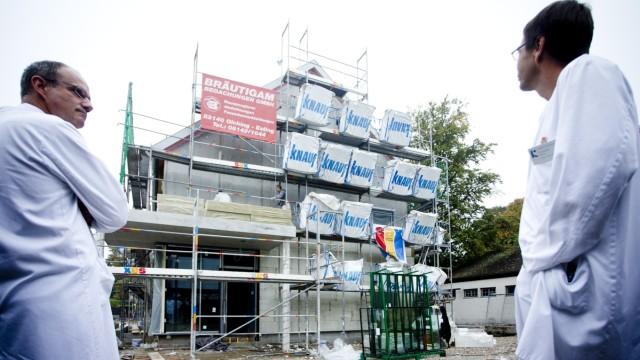 Bruck: KREISKLINIK - Neubau Aerztehaus / Baustellenbesichtigung