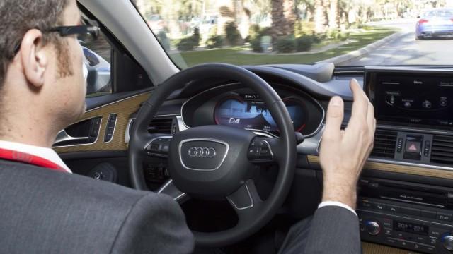 Pilotiertes Fahren, Vernetzte Mobilität, Vernetztes Fahren