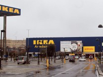 Ikea stops the sale of meatballs in Italy after the discovery of
