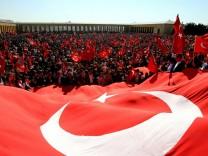 Demonstration für 'Ergenekon'-Angeklagte
