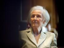 Großes Bundesverdienstkreuz für Johanna Quandt