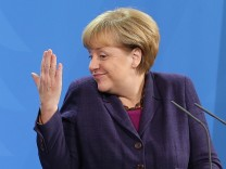 Merkel empfängt Abbas