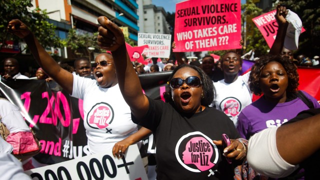 Kenyans protest against police after alleged gang-rape