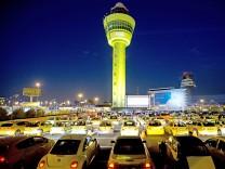 Parkplätze Flughafen Amsterdam
